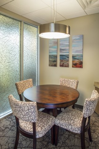 baines-dentistry-austin-tx-78745-office-interior-comfortable-seating